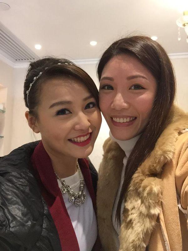 今次係TVB娛樂新聞台女主播黃穎君Burmie Wong